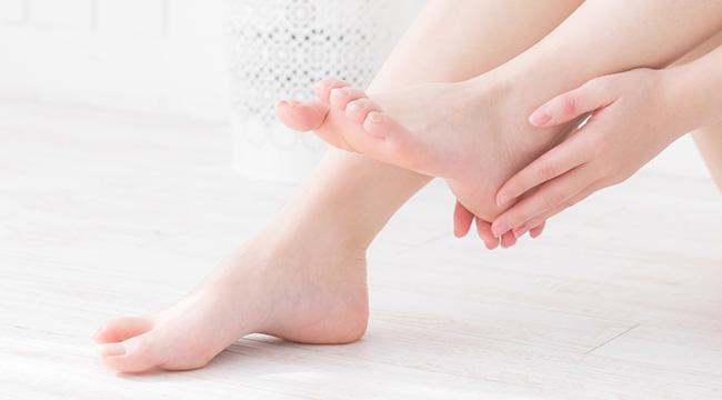 足の甲と指脱毛のメリット